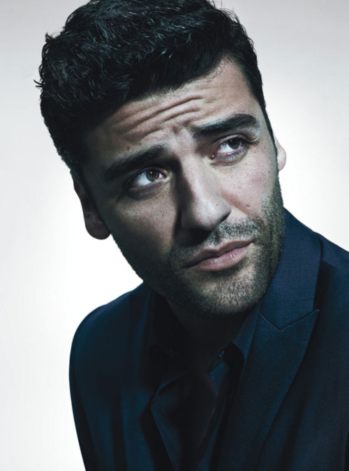 Oscar Isaac is a Guatemalan American actor and singer - Oscar-Isaac