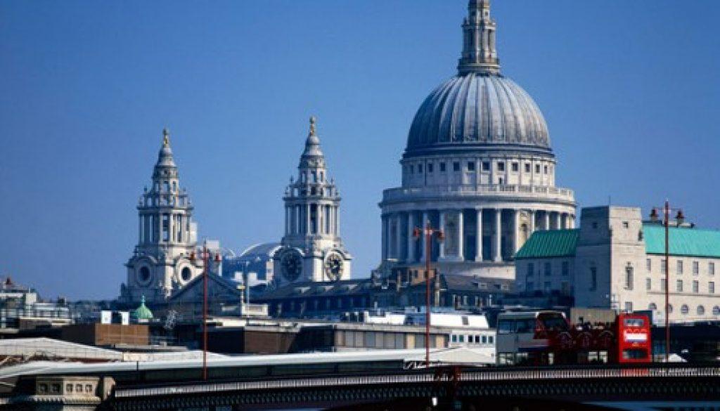 Las empresas británicas pagar £5 mil millones que cumple la FATCA