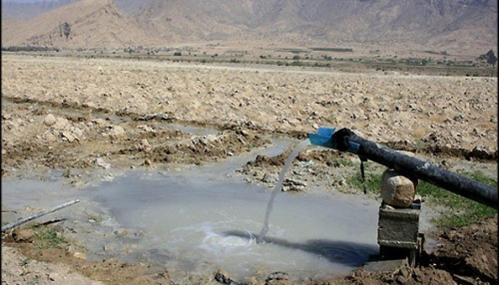 Irán inicia proyecto de transferencia de agua para llevar agua al desierto