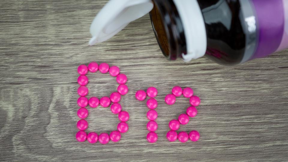 Nuevo Estudio Muestra que Altas Dosis de Vitamina B Pueden Llevar a Riesgo de Cáncer de Pulmón