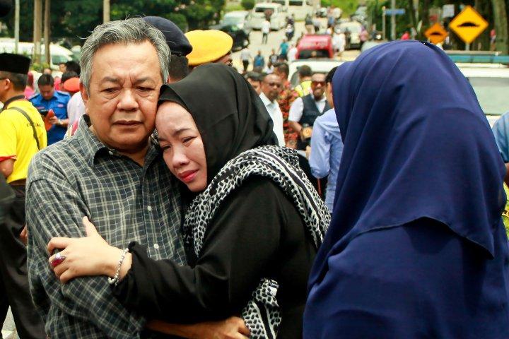 Incendio Malayo Mata a 21 Niños y 2 Adultos