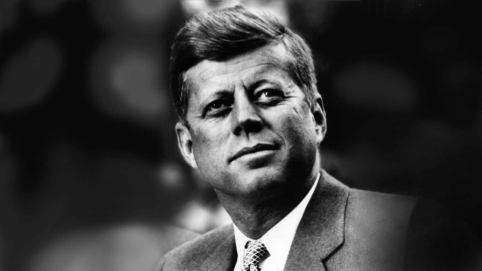"""Archivos JFK: Reportero Británico Recibió """"Grandes Noticias"""" con Anticipación del Tiroteo"""