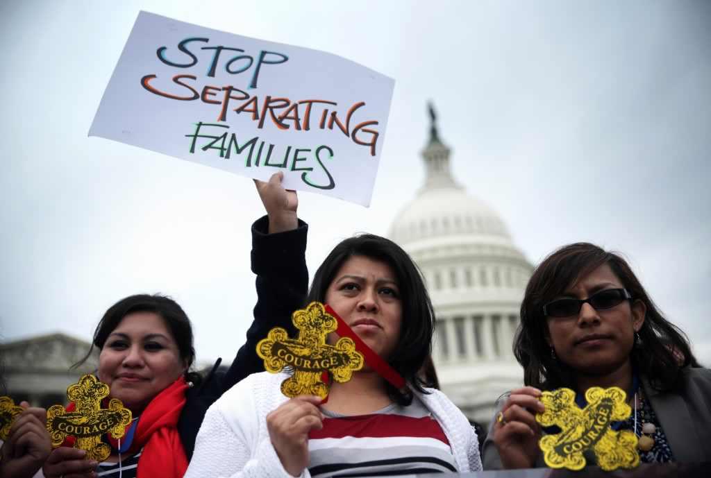 La Administración Trump exige al Congreso trato de muro fronterizo
