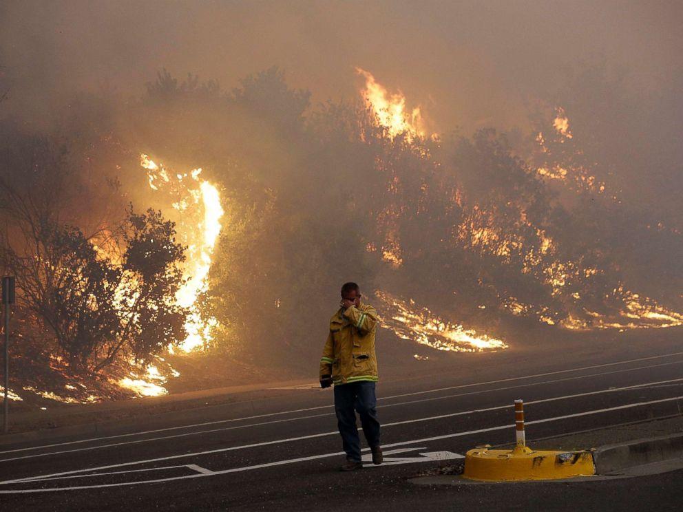 Incendios Forestales en el Norte de California Ha Matado a Al Menos 17
