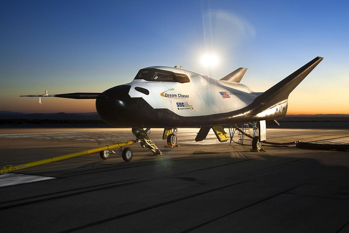 Plano Espacial Dream Chaser Pasó Exitosamente la Prueba de Vuelo