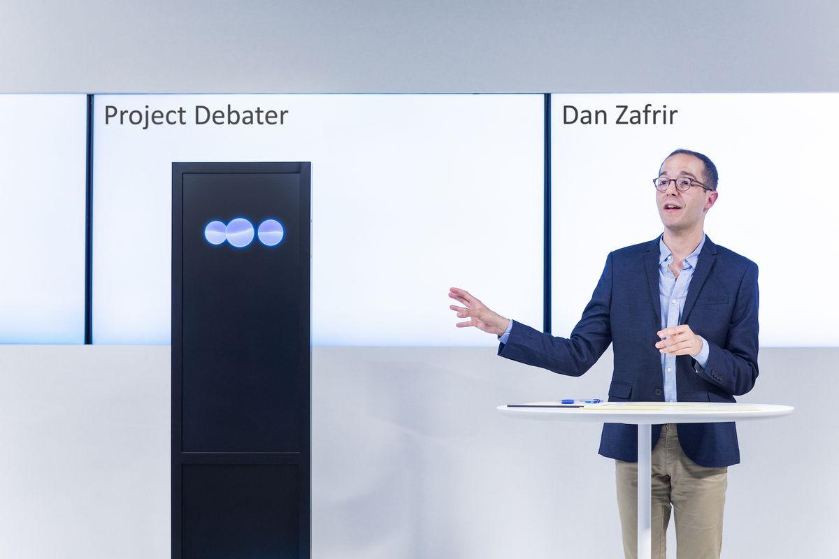 El IA Project Debater de IBM debate con humanos exitosamente