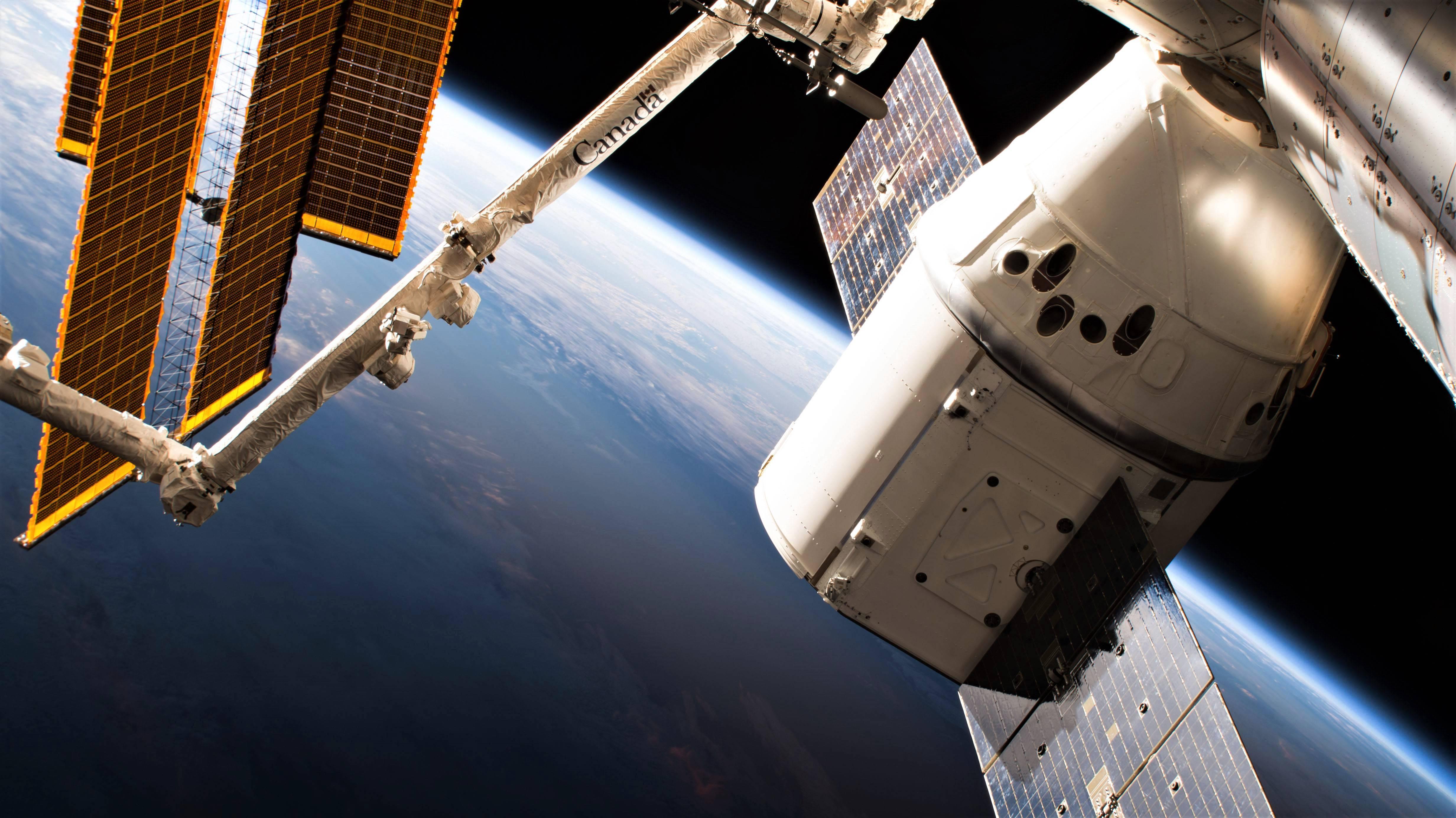 El Cargo Dragon de SpaceX está de vuelta en la Tierra