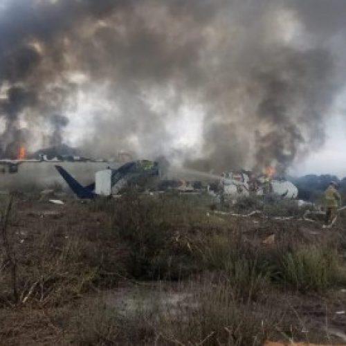 Avión de Aeromexico colisiona, pero todos los pasajeros sobrevivieron