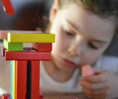 Mejora las habilidades y los recuerdos de los niños con una noche de juegos semanal