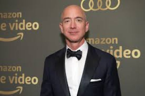 ¿Qué están donando a caridad las personas ricas? Jeff Bezos está debajo de las expectativas